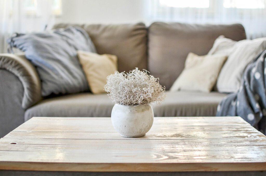 Mit den richtigen Farben und Materialien bekommen Räume eine positive Ausstrahlung